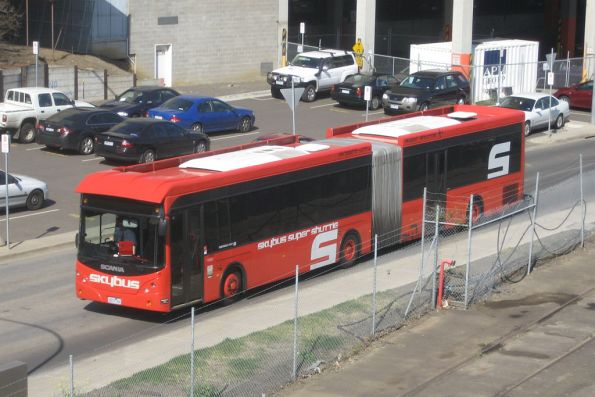 SkyBus articulated bus rego 0237AO departs Southern Cross Station