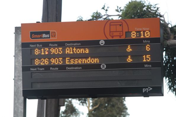 Broken Smartbus PIDS in Coburg - the next tram display is dead