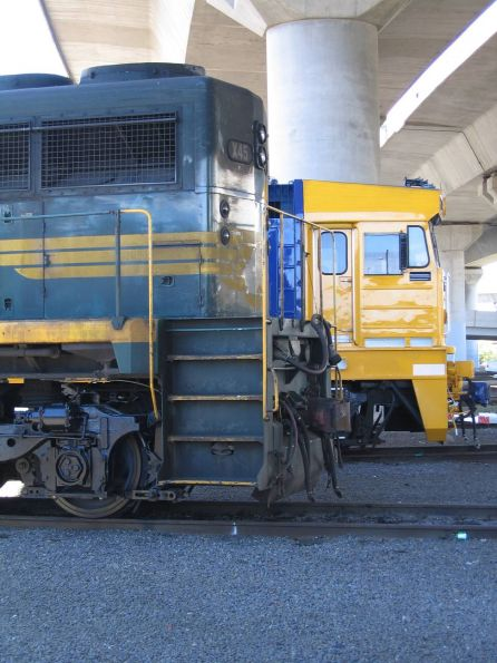 X45 and 8166 at South Dynon SG turntable