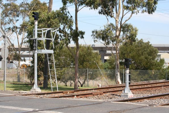 New signal 184 for locos shunting back into South Dynon