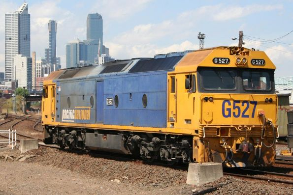 G527 arrives at South Dynon