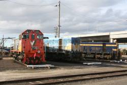 El Zorro's Y145, ex-WCR T369 and Steamrail T395 around the BG turntable at South Dynon