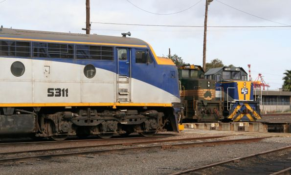 S311, T374 and T369 at South Dynon