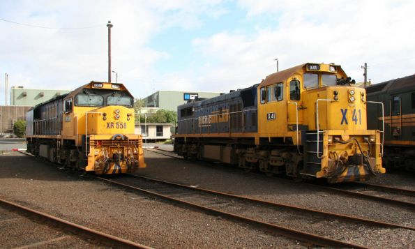 X41 and XR558 at South Dynon