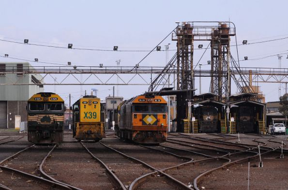 G525, X39, BL32 stabled at South Dynon, X37 and P22 at the fuel point