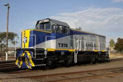 T376 freshly repainted in the CFCLA livery at South Dynon