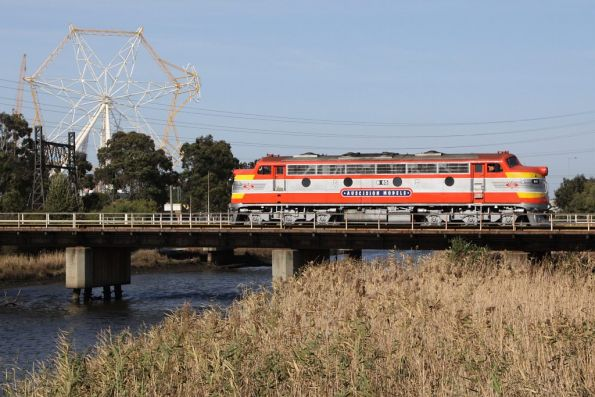 B65 in Auscision Models livery crosses Moonee Ponds Creek at South Dynon