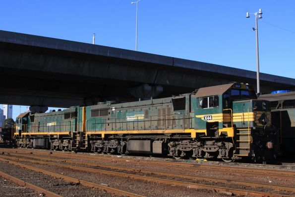 X43 and X44 stabled at South Dynon