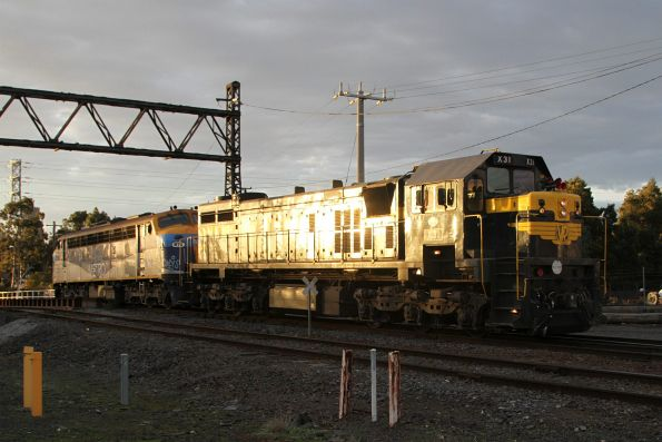 X31 and B76 arrive light engine at the South Dynon fuel point