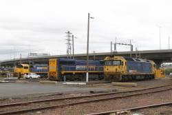 BL34, XR552 and XR559 stabled around the broad gauge turntable at South Dynon