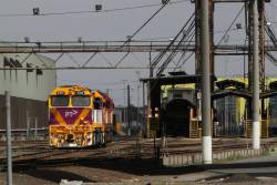 N475 and classmate at South Dynon