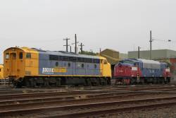 Pacific National S306 stored beside V/Line A70 at South Dynon