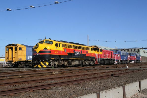 SSR locomotives B75 and P17 stabled beside PN S306 and the V/Line A classes