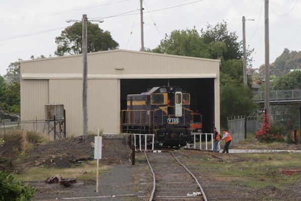 Y135 goes for a spin on the turntable at Korumburra