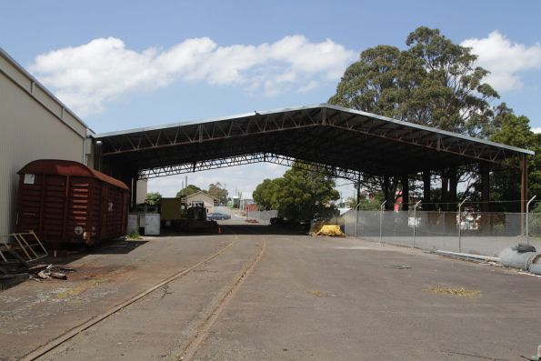 Former Freightgate canopy still in place at Korumburra