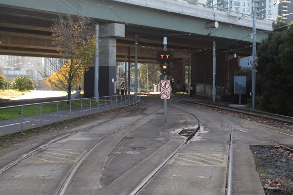 Entry and exit tracks at the city end of Southbank depot