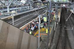 Passengers bank up thanks to a failed escalator at Southern Cross platform 9 and 10
