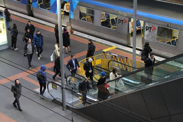 Failed escalator at Southern Cross platform 11