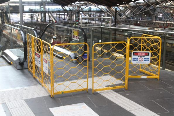 Repairing a failed escalator at Southern Cross platform 11