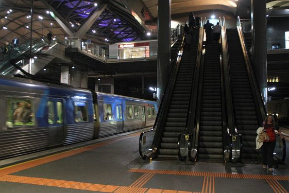 Faulty lighting means that the escalators to Southern Cross platform 13 and 14 are in the dark