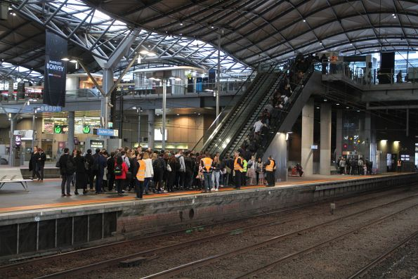 Massive crowd at the Collins Street end of Southern Cross platform 9 and 10