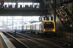 X'Trapolis train finally crawls into Southern Cross platform 10