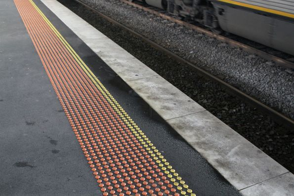 Wet platform thanks to a leaking roof atop platform 13 and 14
