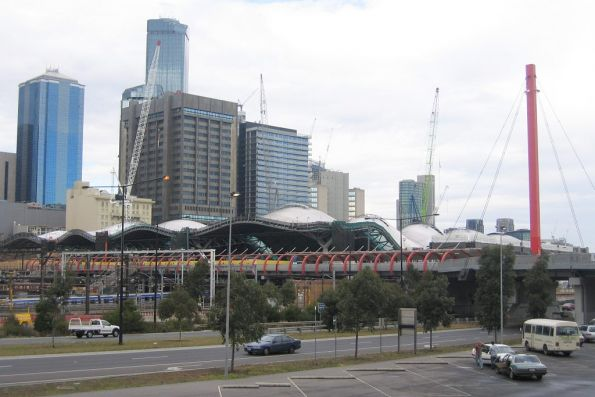 North-western view of the Bourke Street Bridge