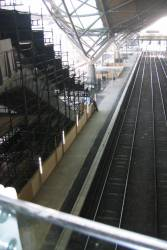 Crash deck atop the new escalators to platforms 11 and 12