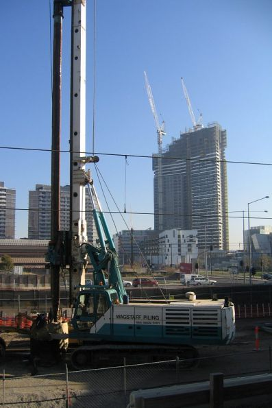 Piling rig at work on the future platform 15 and 16