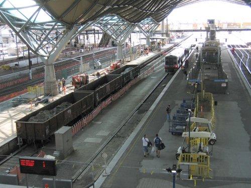 Rebuilding work on platform 7/8, works trains in attendance