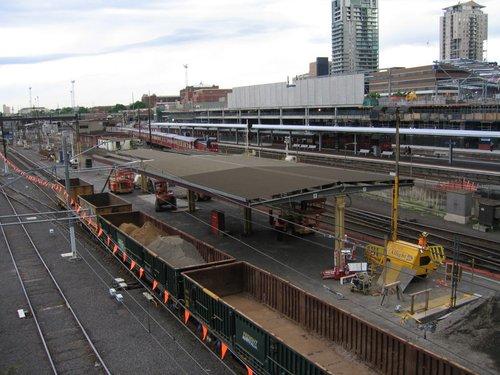 Demolition work of the north end of platforms 7/8