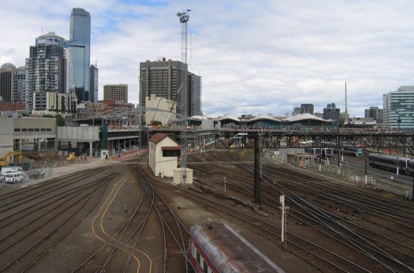 View south from the La Trobe Street bridge