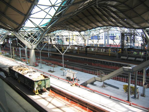 Platform 7/8 still under construction