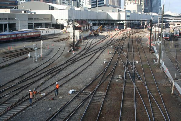 Works on the resignalling and reworking of the entry into Southern Cross
