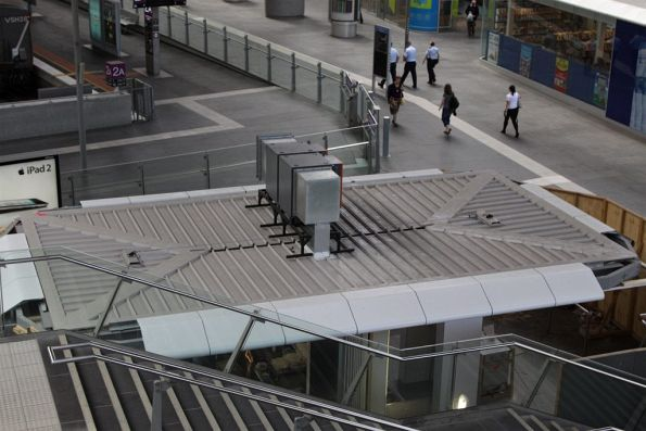 That butt ugly equipment box atop one of the new Collins Street concourse stalls