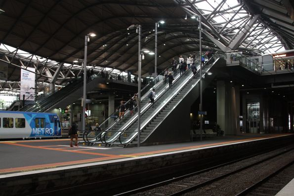 Escalators linking platform 11/12 to the Collins Street concourse