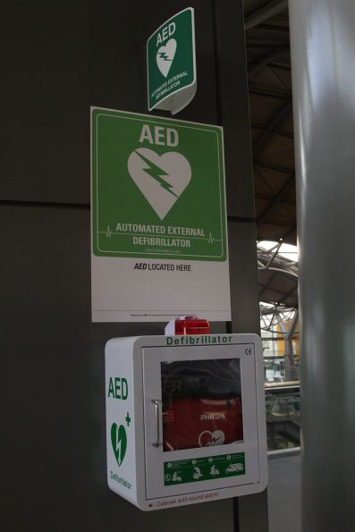 Automated external defibrillator on the Bourke Street Bridge at Southern Cross Station