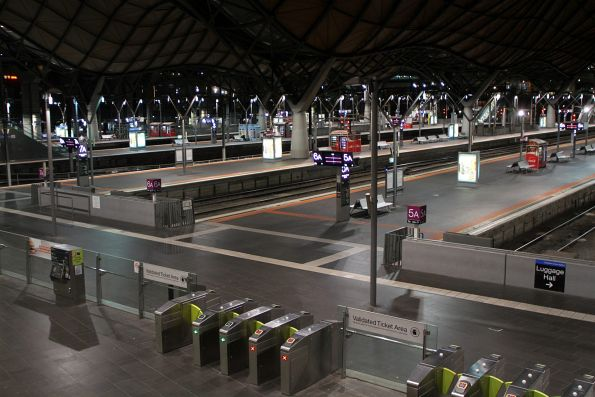 Early morning at Southern Cross Station and nothing is open