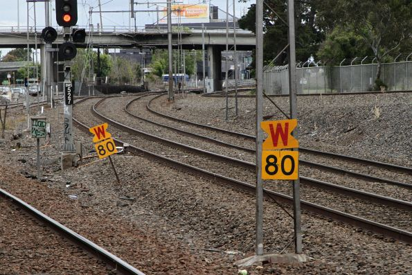 Pair of 80 km/h 'warning' boards for up trains approaching Broadmeadows