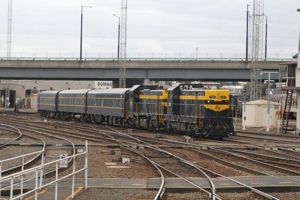 T357 leads P22 into Southern Cross Station