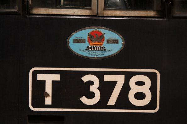 Number and builders plates of T378