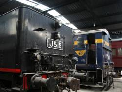 J515 and F202 in the shed at Seymour