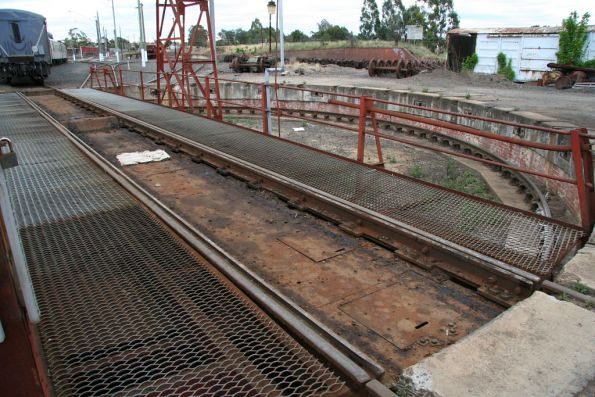 Dual gauge turntable at Seymour, made up with 4 rails, the inner standard gauge ones are very thin