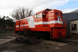 4905 repainted for 'Traction Engineering'