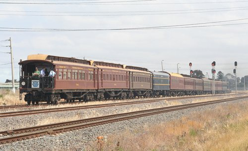 The 'Yarra' Parlor Car trailing the train
