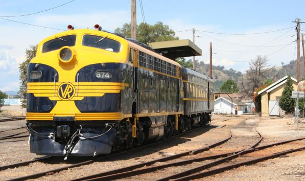 B74 and Parlor Car head for the turntable at Wodonga