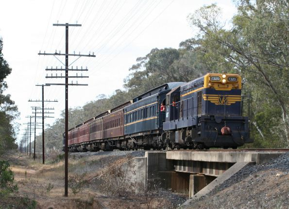 T320 leading back to Seymour