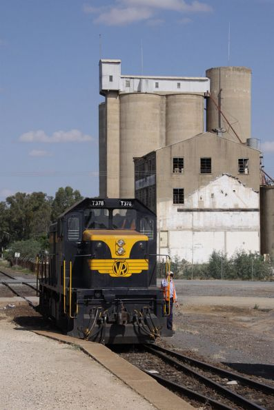 SRHC - Tocumwal Picnic Train April 2010