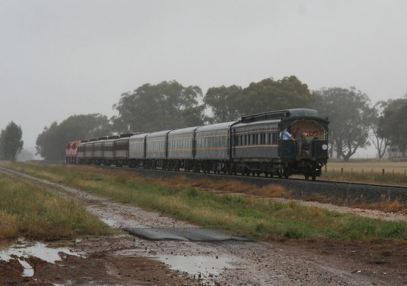 Running through the rain departing Nagambie